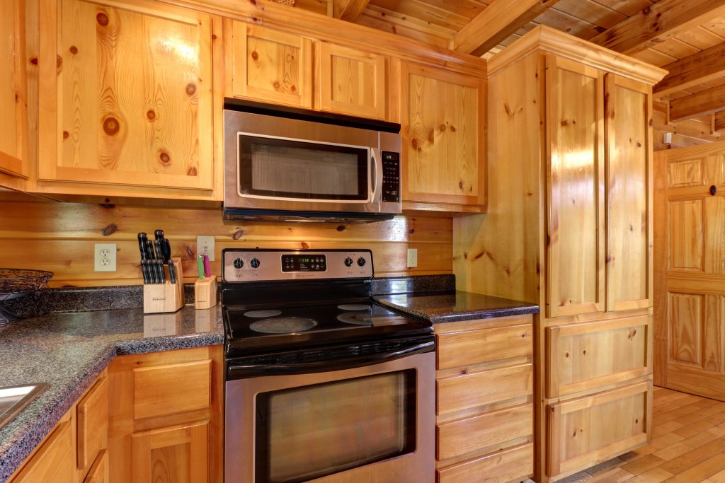 Photo of a Sevierville Cabin named Sweet Retreat Cabin - This is the thirty-fifth photo in the set.