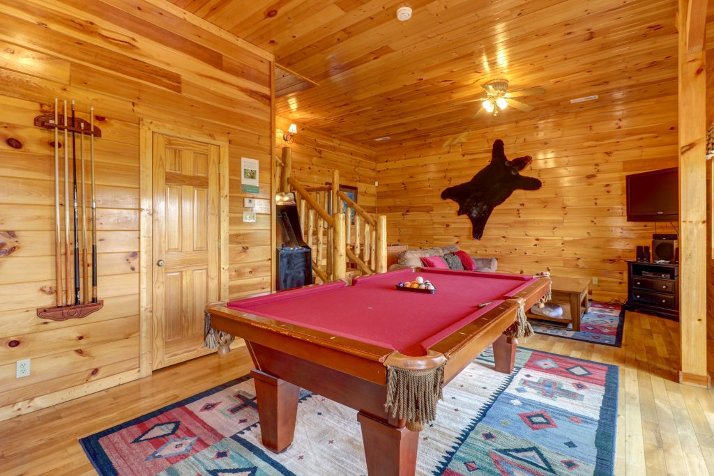 Photo of a Sevierville Cabin named Sweet Retreat Cabin - This is the sixteenth photo in the set.