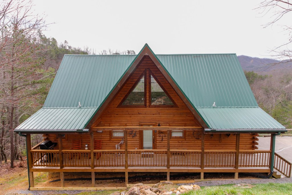 Photo of a Sevierville Cabin named Giddy Up Cabin - This is the forty-second photo in the set.
