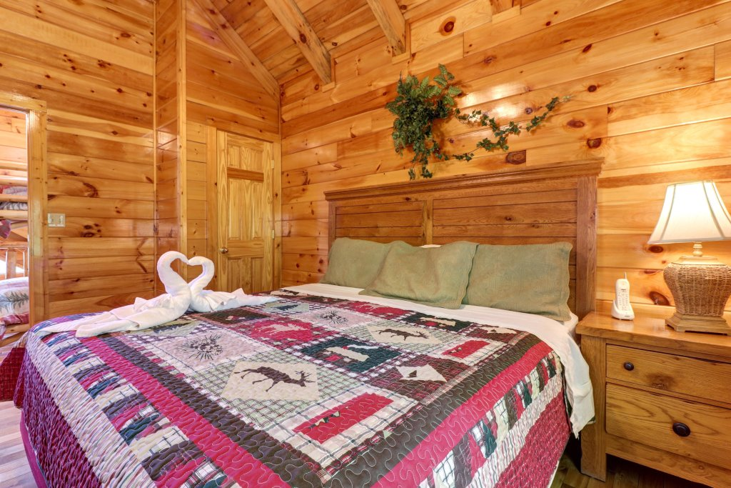 Photo of a Sevierville Cabin named Sweet Retreat Cabin - This is the twenty-second photo in the set.
