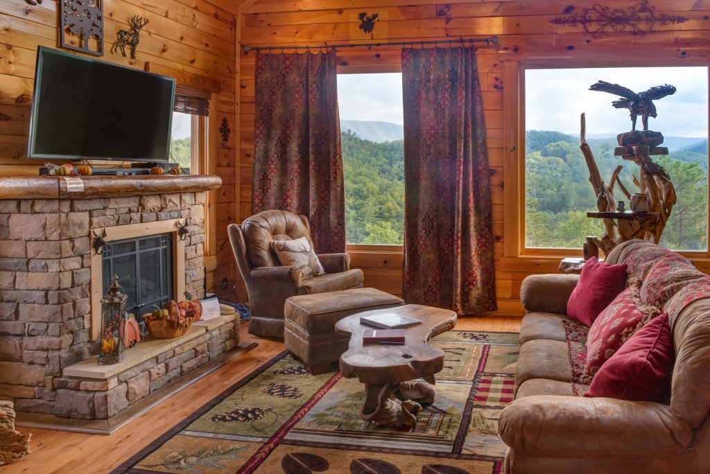 Photo of a Sevierville Cabin named Forget Me Knot Cabin - This is the third photo in the set.