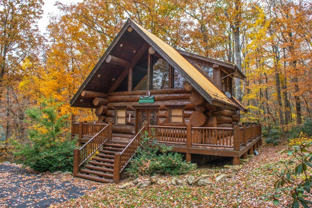 Photo of a Sevierville Cabin named Chief Big Log Cabin - This is the forty-second photo in the set.