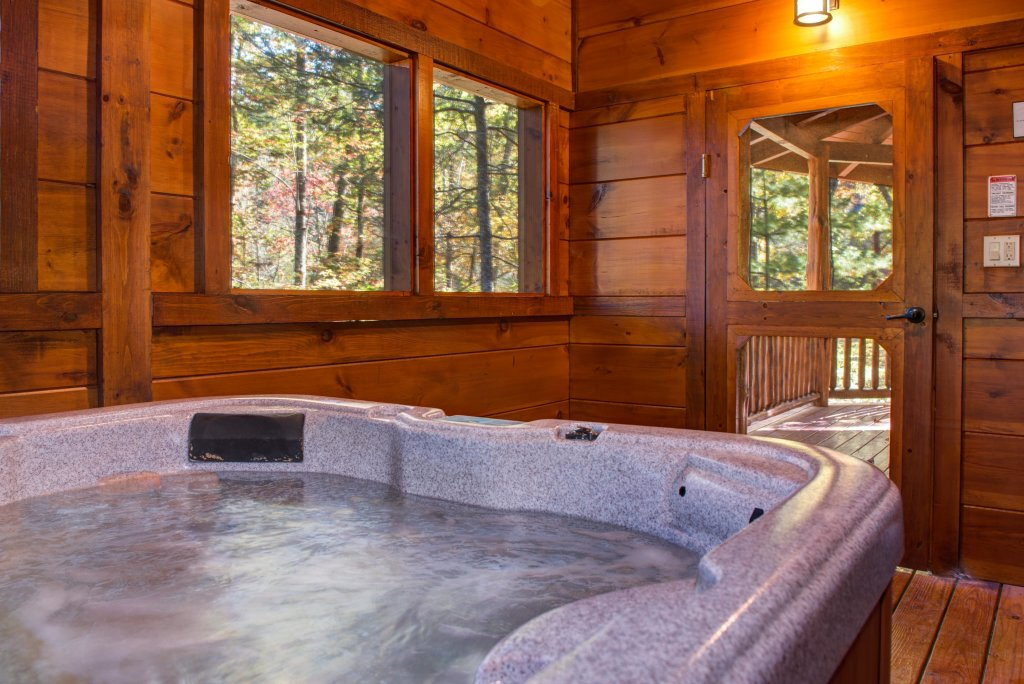 Photo of a Sevierville Cabin named Serenity Cabin - This is the third photo in the set.