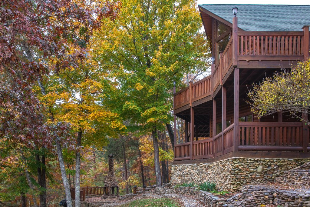 Photo of a Sevierville Cabin named Heaven On A Hill Cabin - This is the first photo in the set.