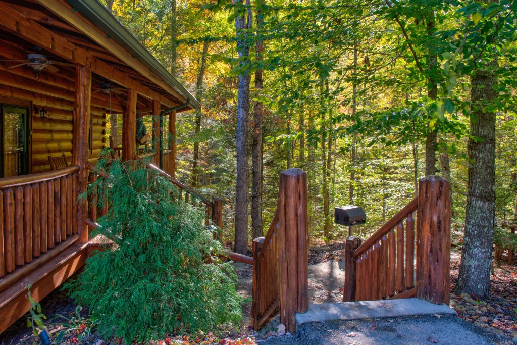 Photo of a Sevierville Cabin named Serenity Cabin - This is the seventh photo in the set.