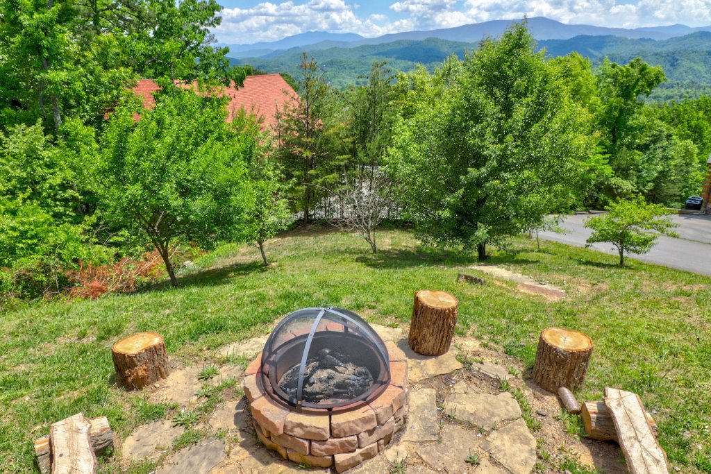Photo of a Sevierville Cabin named Sweet Retreat Cabin - This is the eighth photo in the set.