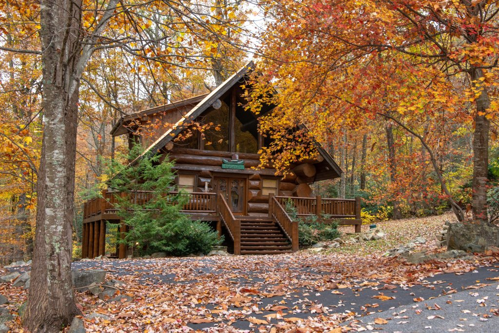 Photo of a Sevierville Cabin named Chief Big Log Cabin - This is the twenty-second photo in the set.