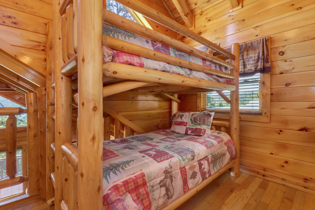 Photo of a Sevierville Cabin named Sweet Retreat Cabin - This is the twenty-first photo in the set.