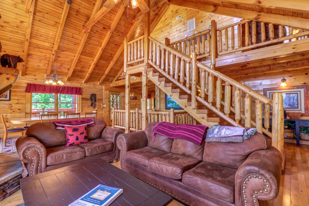 Photo of a Sevierville Cabin named Sweet Retreat Cabin - This is the thirty-second photo in the set.