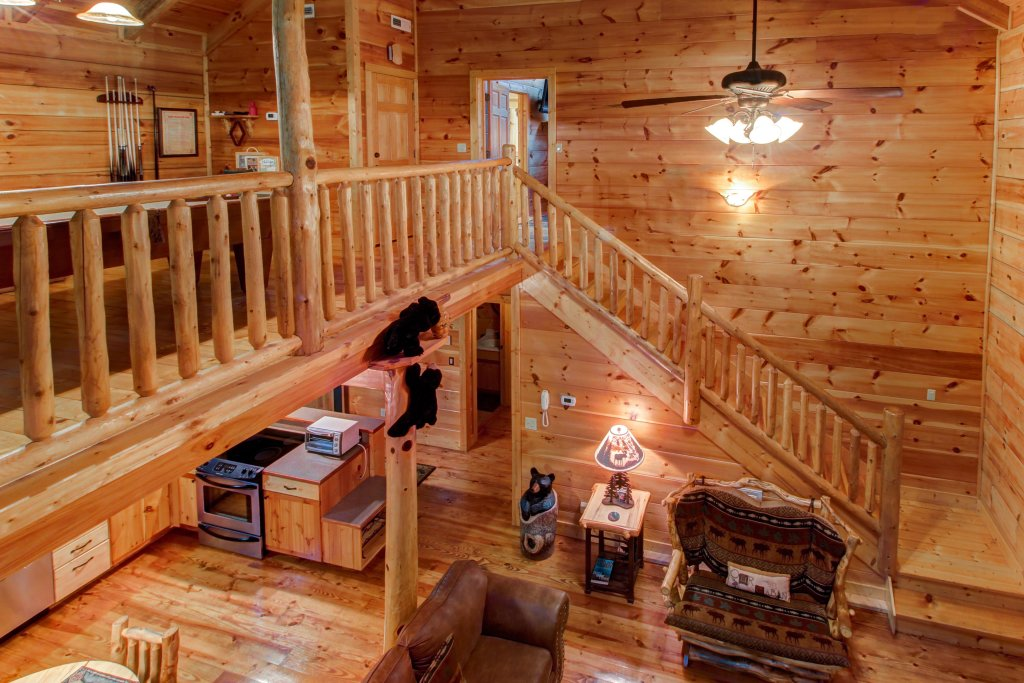 Photo of a Sevierville Cabin named Serenity Cabin - This is the seventeenth photo in the set.