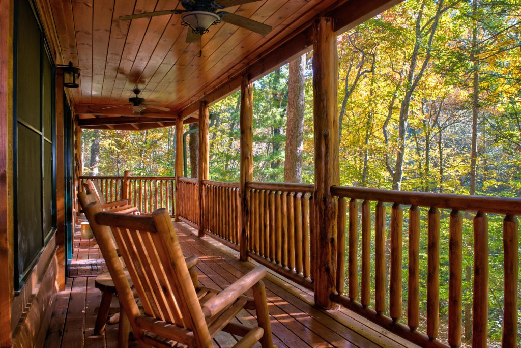 Photo of a Sevierville Cabin named Serenity Cabin - This is the eighth photo in the set.