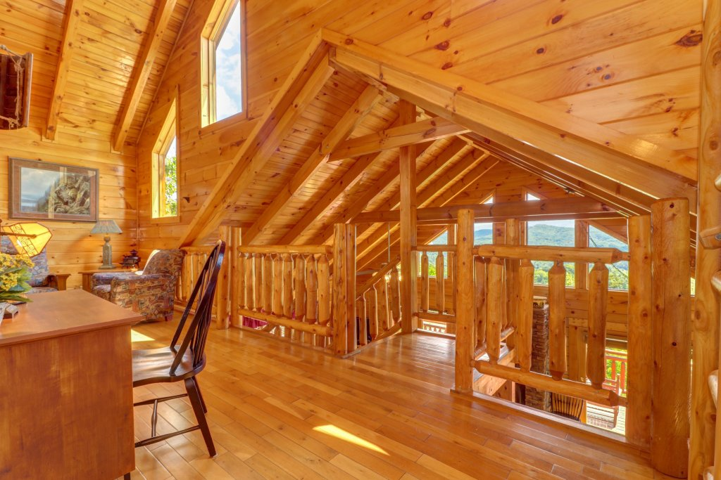 Photo of a Sevierville Cabin named Sweet Retreat Cabin - This is the forty-fifth photo in the set.