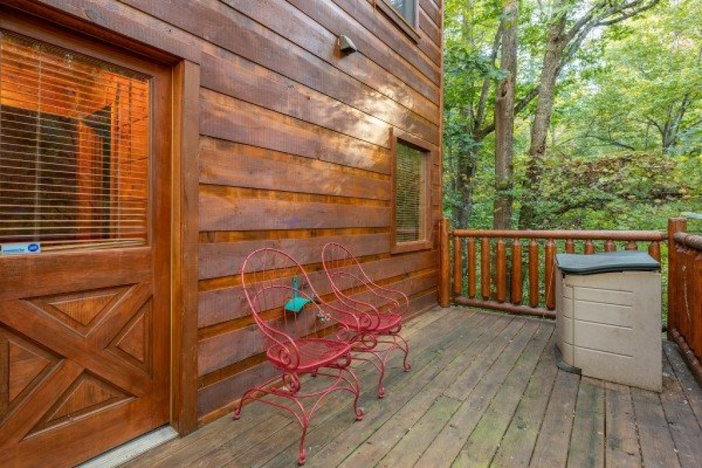 Photo of a Gatlinburg Cabin named Firefly Ridge - This is the fourteenth photo in the set.