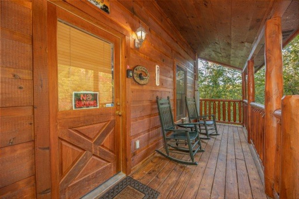 Photo of a Gatlinburg Cabin named Firefly Ridge - This is the twenty-third photo in the set.