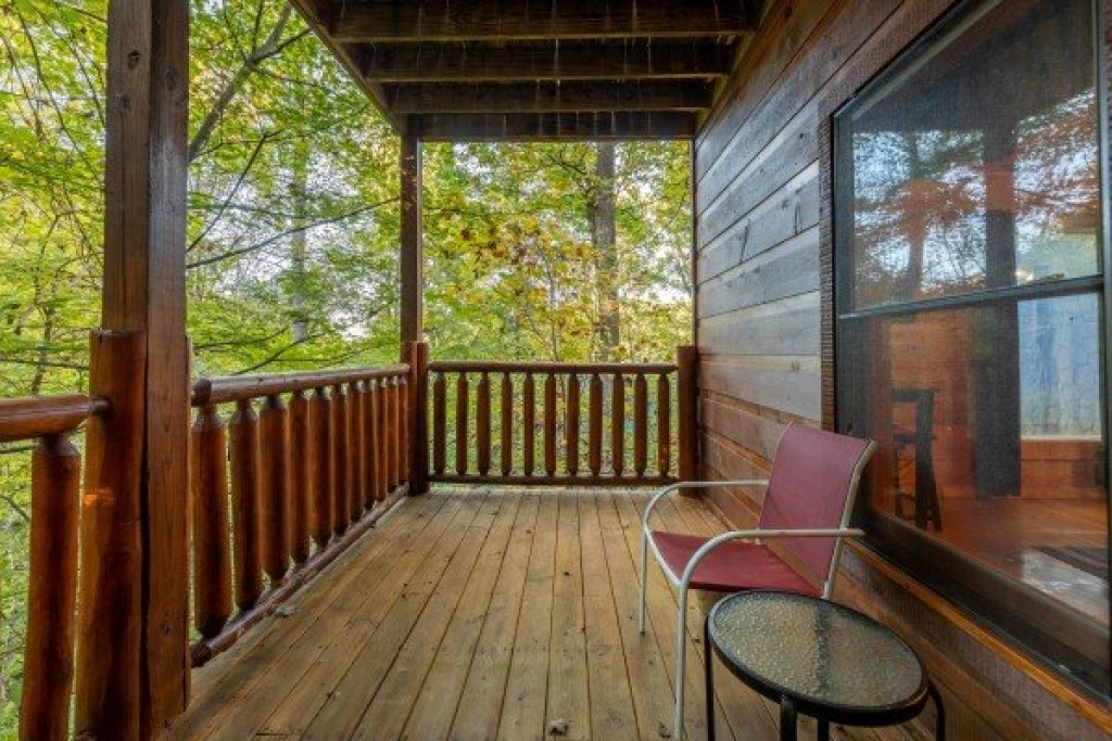 Photo of a Gatlinburg Cabin named Firefly Ridge - This is the twenty-second photo in the set.