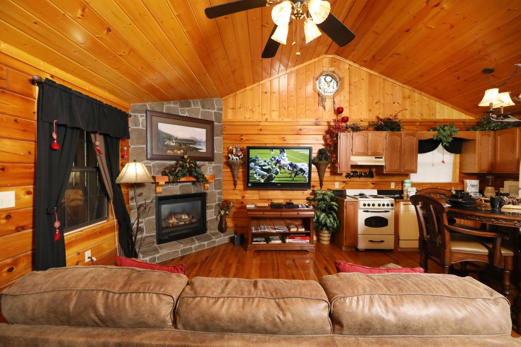 Photo of a Pigeon Forge Cabin named Cherokee Nights #132 - This is the second photo in the set.