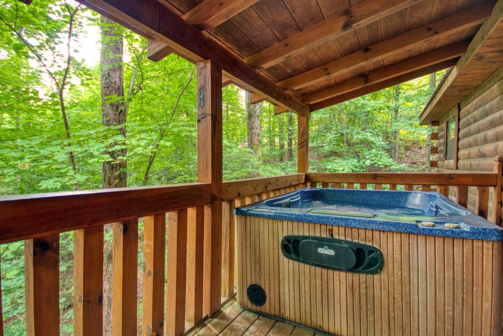 Photo of a Gatlinburg Cabin named Secret Hideaway #195 - This is the second photo in the set.
