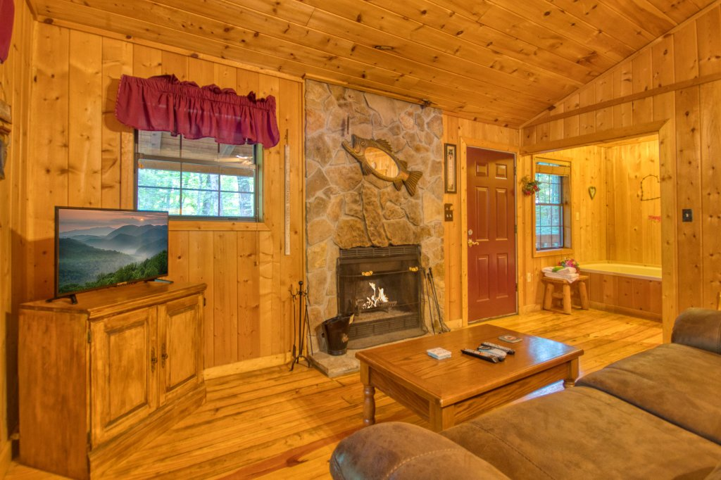 Photo of a Gatlinburg Cabin named Secret Hideaway #195 - This is the third photo in the set.