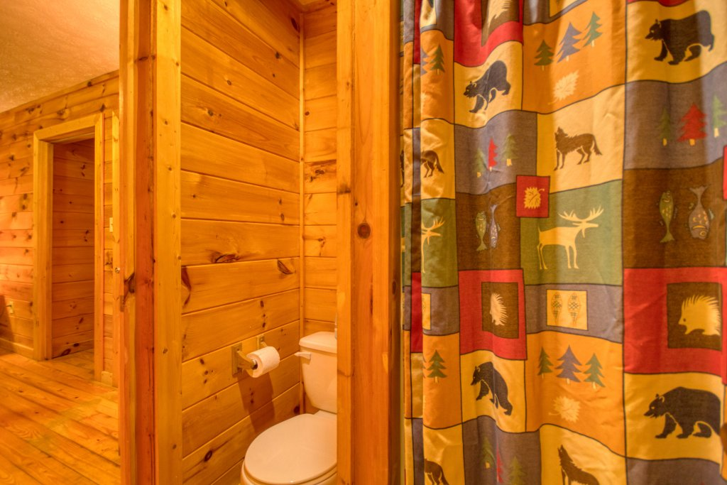 Photo of a Gatlinburg Cabin named Secret Hideaway #195 - This is the twelfth photo in the set.