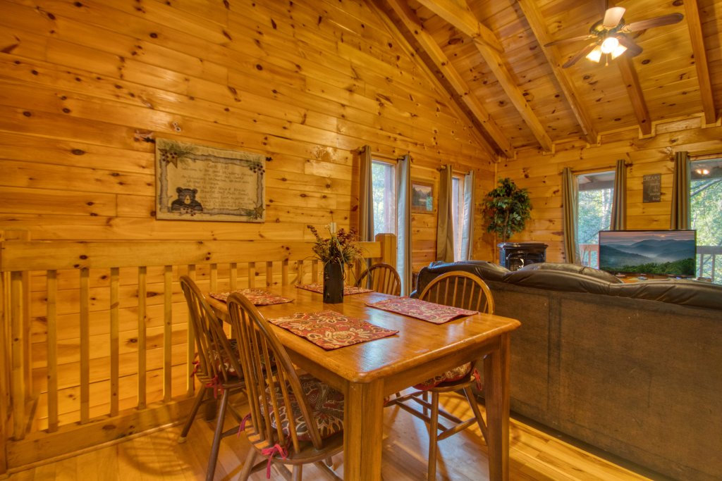 Photo of a Sevierville Cabin named Whispering Waters #208 - This is the seventh photo in the set.
