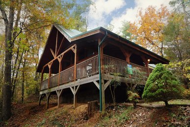 Enjoy Everything Nature Has To Offer In This Private 2 Bedroom Log Home