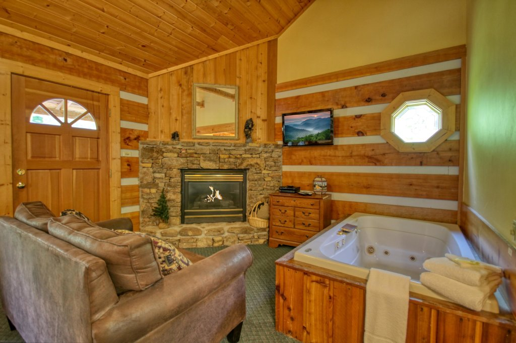 Photo of a Gatlinburg Cabin named Cuddle Inn #1529 - This is the ninth photo in the set.