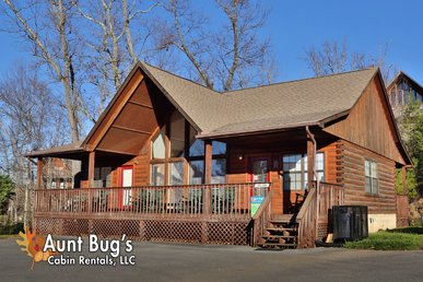 Indoor Swimming Pool Access Log Cabin With Great Views Near Dollywood