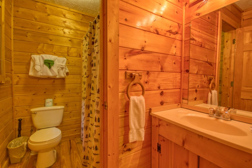 Photo of a Gatlinburg Cabin named Secret Hideaway #195 - This is the nineteenth photo in the set.