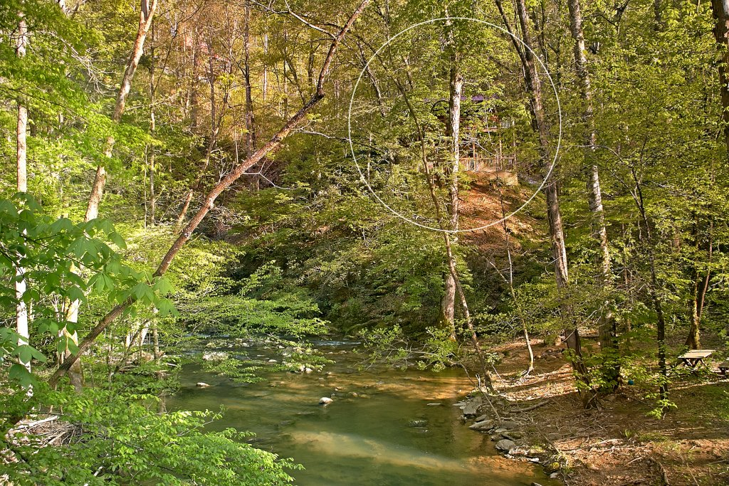 Photo of a Sevierville Cabin named Whispering Waters #208 - This is the thirty-second photo in the set.