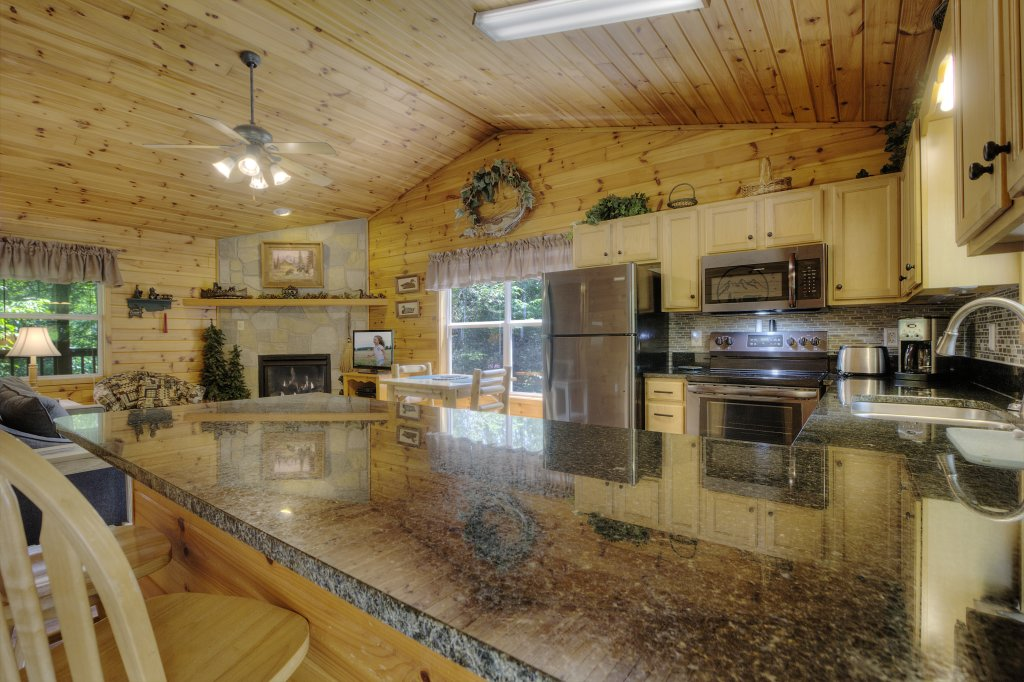 Photo of a Pigeon Forge Cabin named River Sounds #121 - This is the seventh photo in the set.