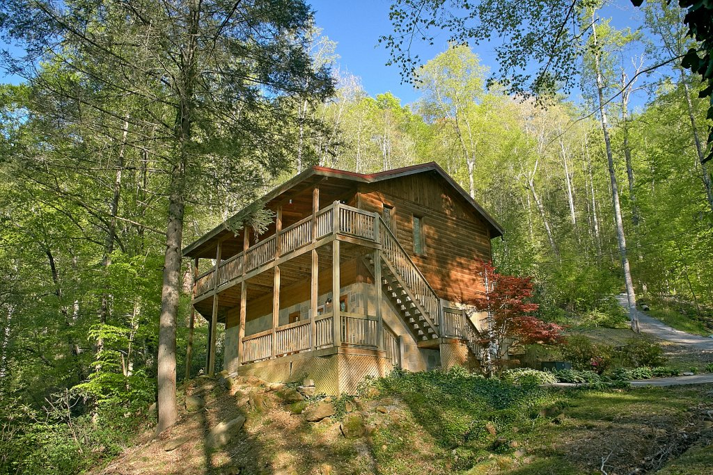 Photo of a Sevierville Cabin named Whispering Waters #208 - This is the thirty-first photo in the set.