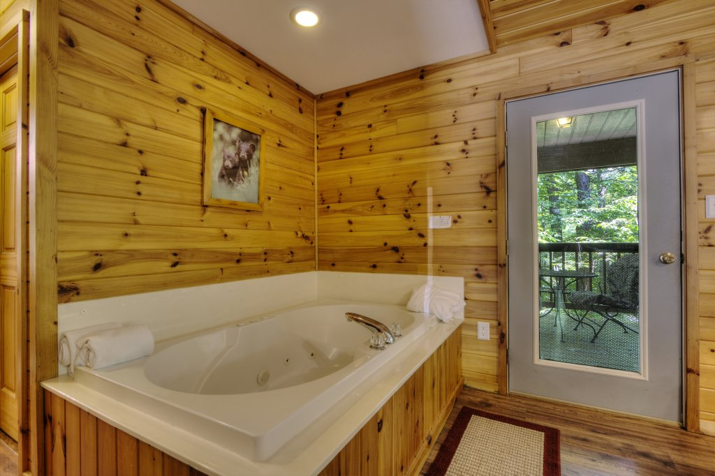 Photo of a Pigeon Forge Cabin named River Sounds #121 - This is the thirteenth photo in the set.