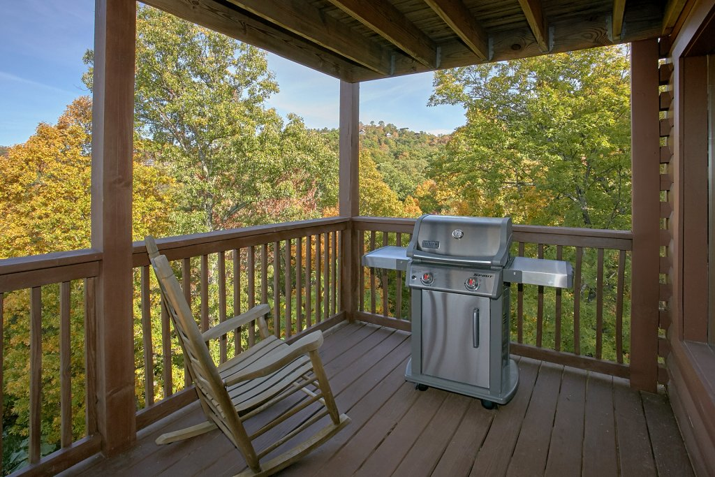 Photo of a Pigeon Forge Cabin named Evening View #133 - This is the twelfth photo in the set.