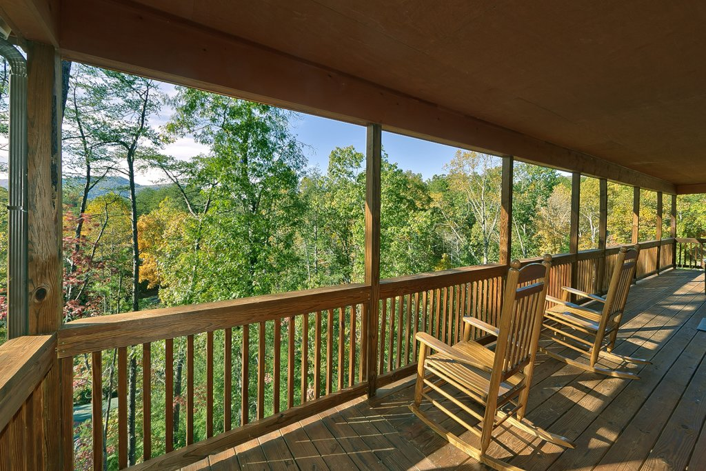 Photo of a Sevierville Cabin named Private Paradise #2810 - This is the eighth photo in the set.