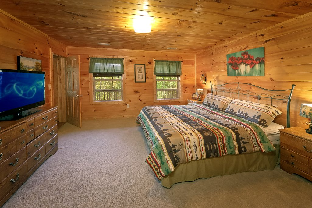 Photo of a Sevierville Cabin named Private Paradise #2810 - This is the sixteenth photo in the set.