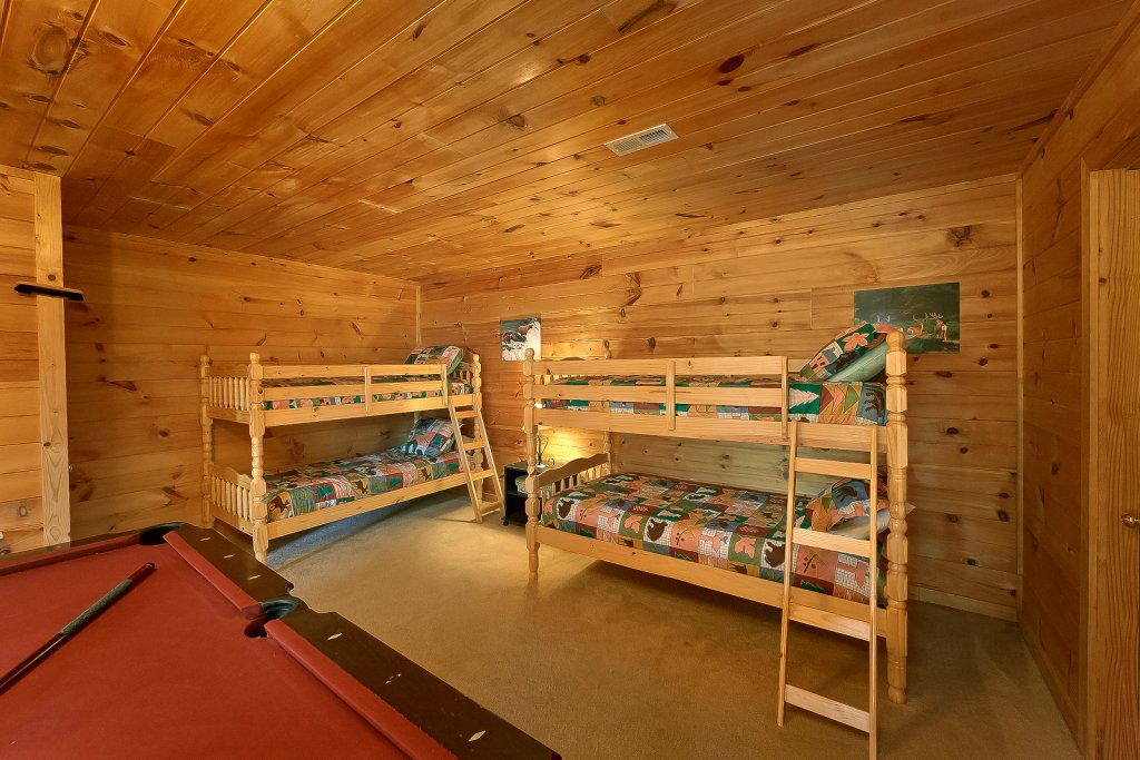 Photo of a Sevierville Cabin named Private Paradise #2810 - This is the sixth photo in the set.