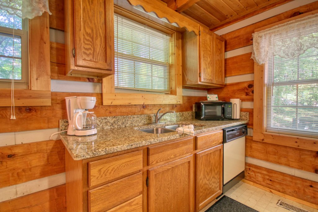 Photo of a Gatlinburg Cabin named Dream Weaver #1527 - This is the fourteenth photo in the set.