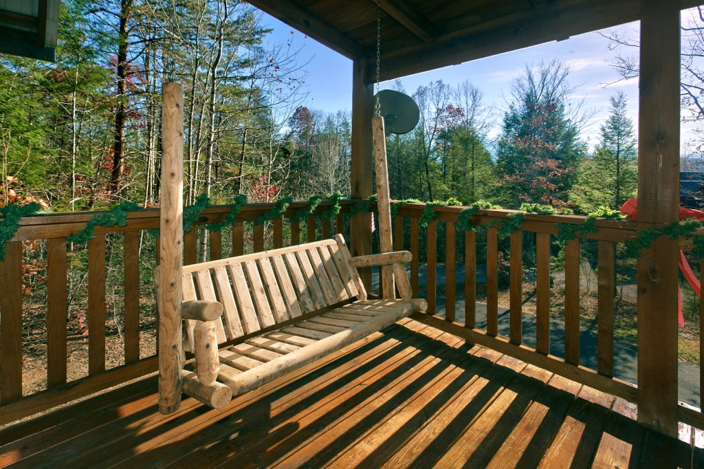 Photo of a Gatlinburg Cabin named Always Misbehavin #1412 - This is the twelfth photo in the set.