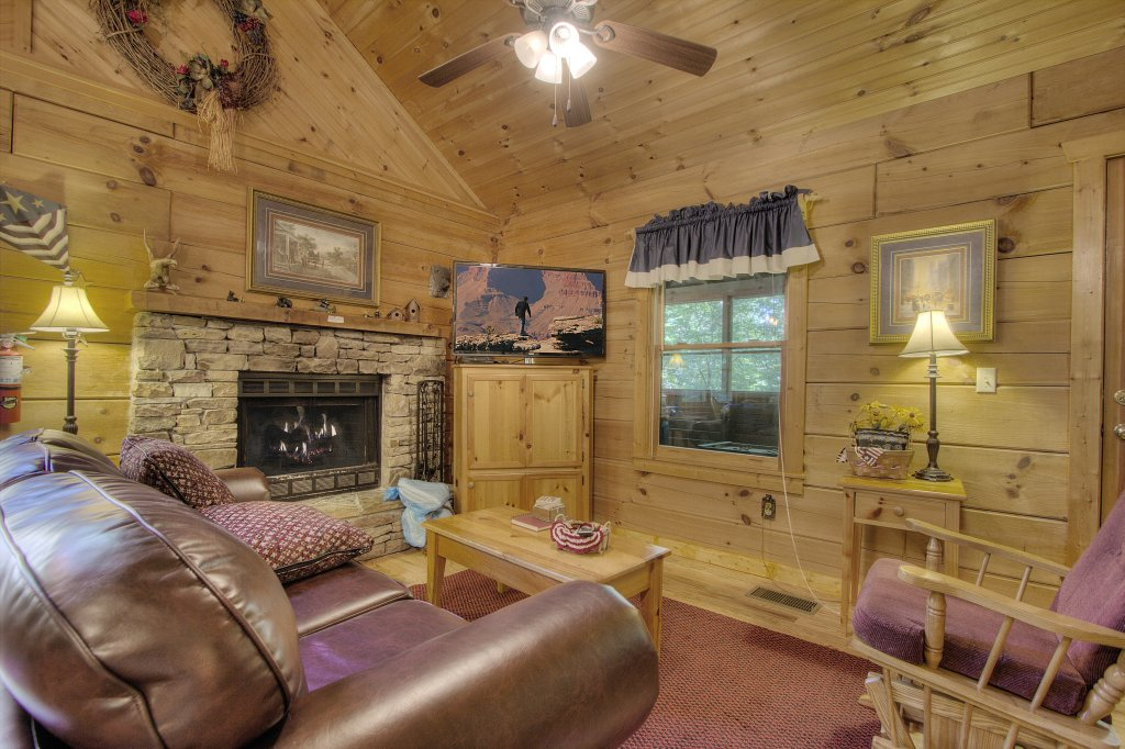 Photo of a Sevierville Cabin named Americana #115 - This is the eighth photo in the set.