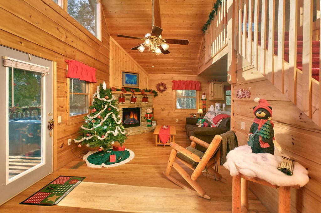 Photo of a Gatlinburg Cabin named Always Misbehavin #1412 - This is the eighteenth photo in the set.