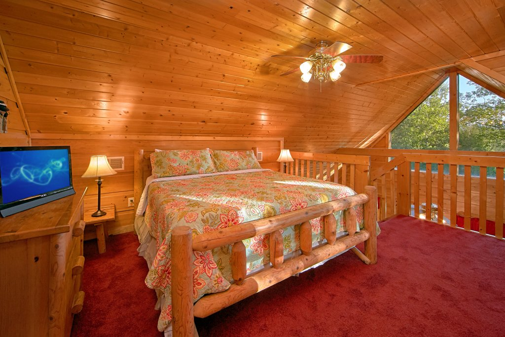 Photo of a Gatlinburg Cabin named Always Misbehavin #1412 - This is the twentieth photo in the set.