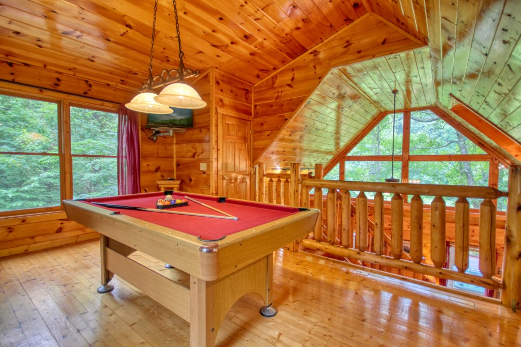 Photo of a Gatlinburg Cabin named Lover's Lake #105 - This is the sixteenth photo in the set.