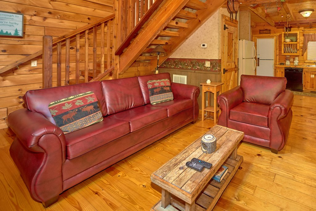 Photo of a Pigeon Forge Cabin named Romantic Hideaway #126 - This is the twenty-ninth photo in the set.