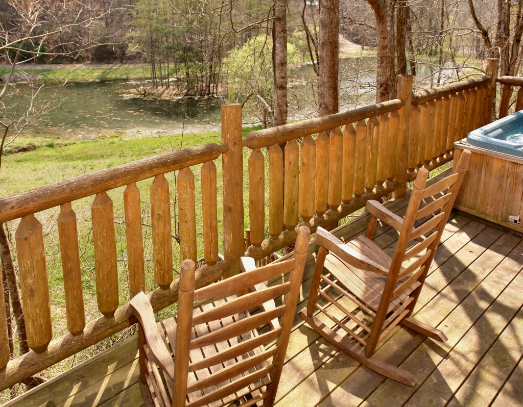 Photo of a Gatlinburg Cabin named Lover's Lake #105 - This is the twenty-second photo in the set.