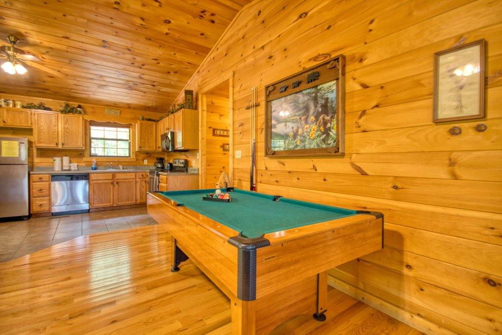 Photo of a Sevierville Cabin named Dream Maker #120 - This is the second photo in the set.