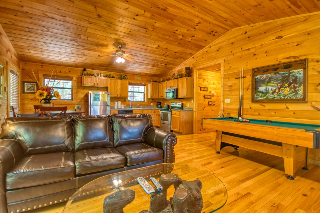 Photo of a Sevierville Cabin named Dream Maker #120 - This is the tenth photo in the set.