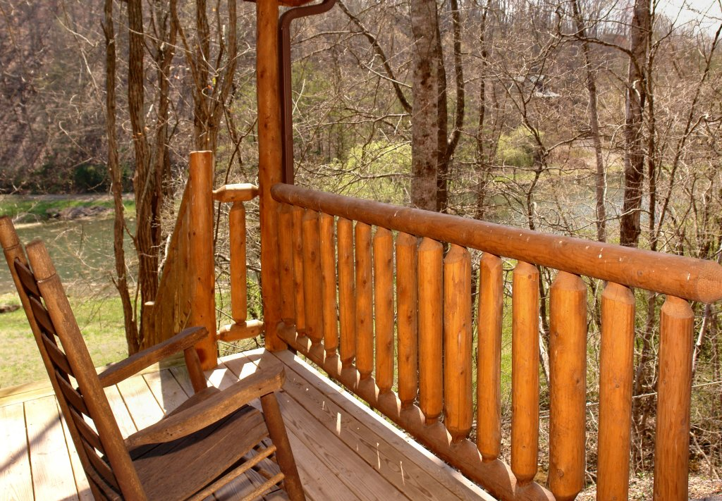 Photo of a Gatlinburg Cabin named Lover's Lake #105 - This is the twenty-third photo in the set.