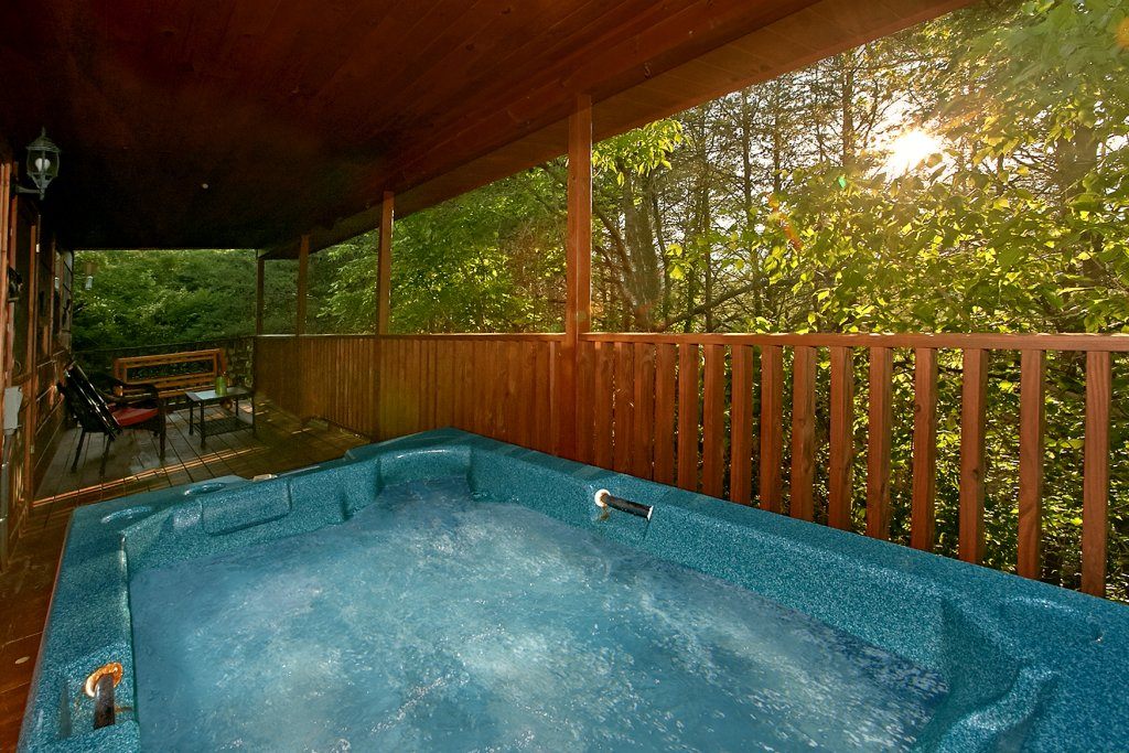 Photo of a Sevierville Cabin named Dream Maker #120 - This is the thirty-third photo in the set.