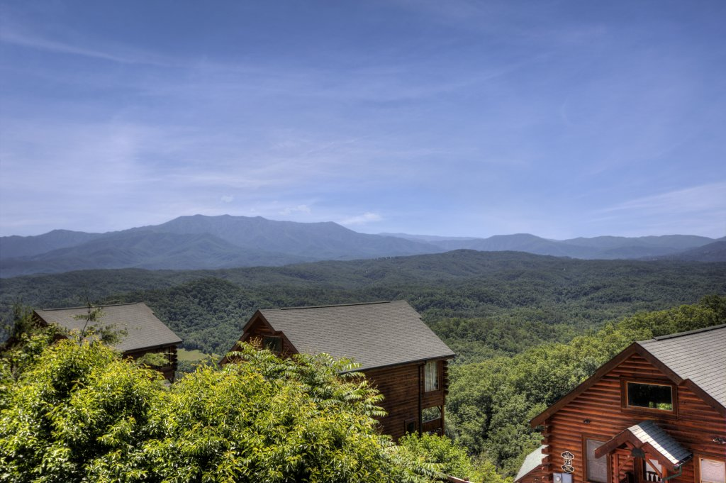 Photo of a Pigeon Forge Cabin named Tennessee Treasure #232 - This is the twenty-second photo in the set.