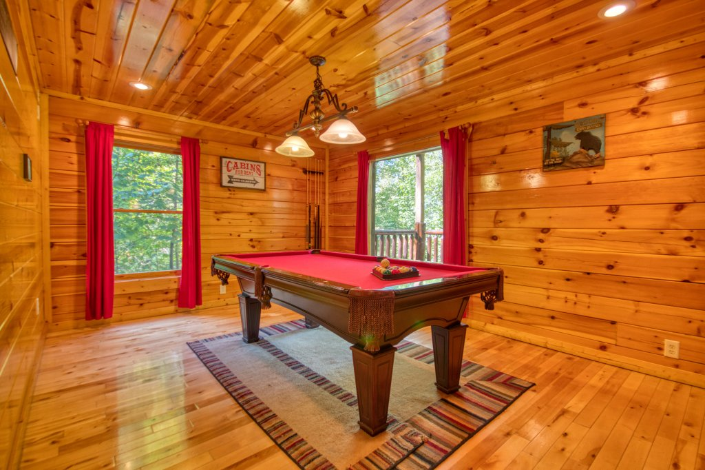 Photo of a Gatlinburg Cabin named Falcon Crest #2911 - This is the twelfth photo in the set.